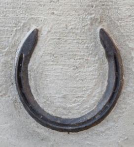 horseshoeSidewalk
